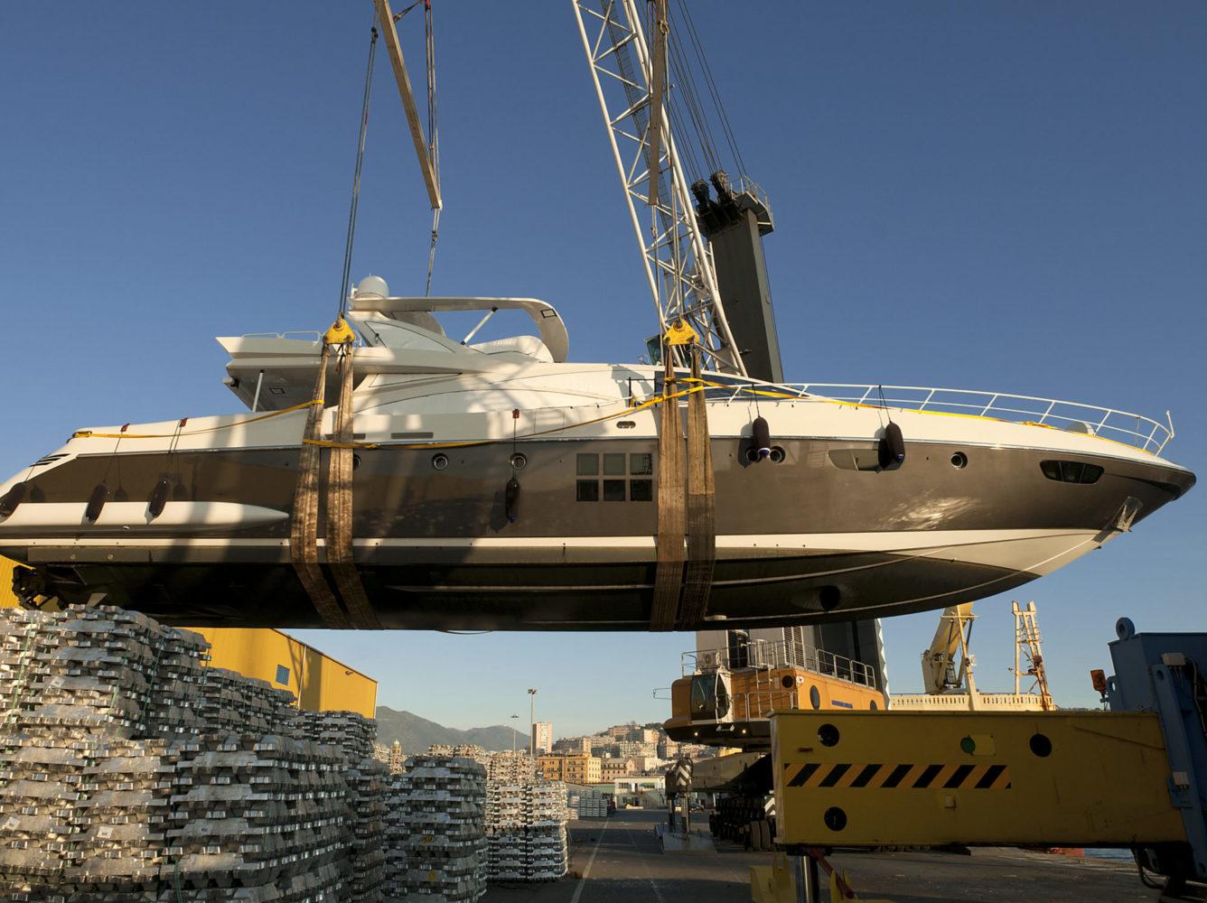 Marine-industry-ocean-shipping-motor-boat-transport-crane