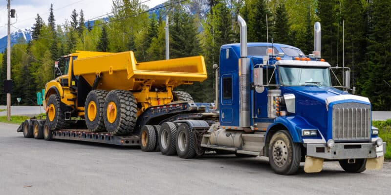 Oversized & Overweight trucking services North America