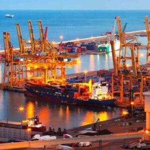 Ocean Container cargo vessel Shipping and Exporting to Ecuador