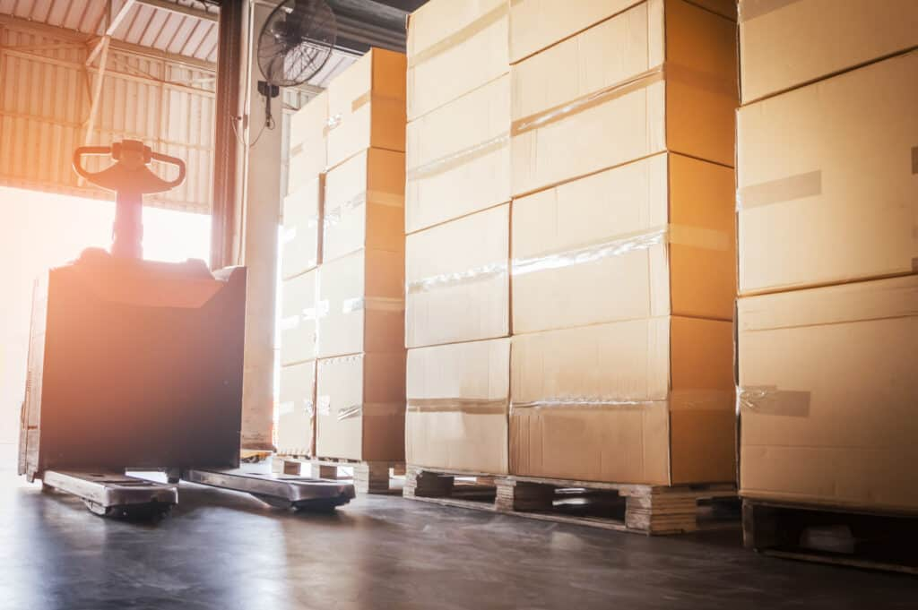 Less Than Truckload - Partial Freight Crates, Boxes, Pallets